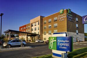 Holiday Inn Express Hotel Amp Suites Claremore Ok See
