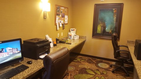 Holiday Inn Express & Suites Pocatello - Business Center