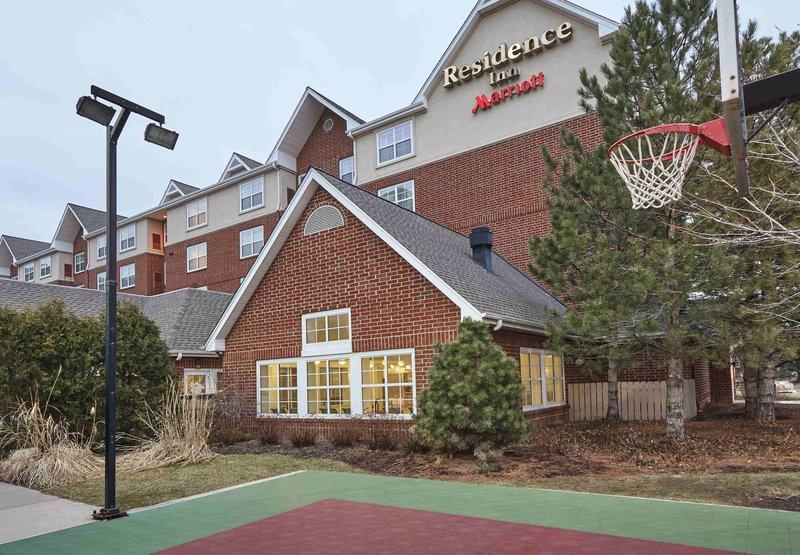 Radisson Hotel Schaumburg In Schaumburg Il 60173 Citysearch
