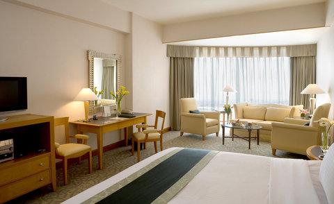 Caravelle Hotel - Signature Premium Deluxe at Caravelle Saigon