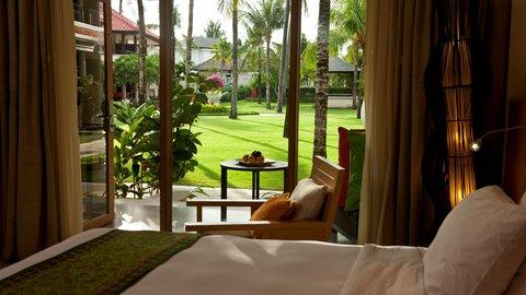 Holiday Inn Resort Baruna Bali - View From Studio Garden Access