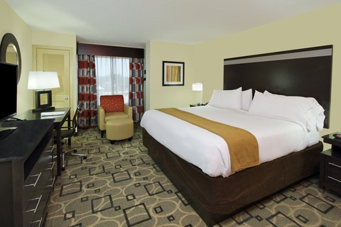 Holiday Inn Express AUGUSTA EAST - Guest Room
