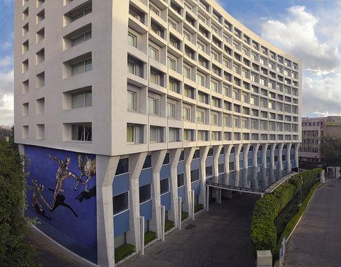 新德里公园酒店 - Hotel Entrance View