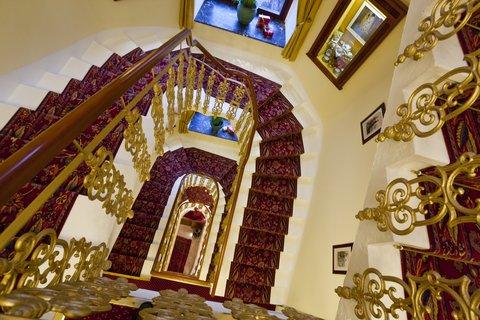 Romantik Parkhotel Graz - Stairs