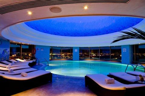 فندق ميلينيوم الدوحة - Pool