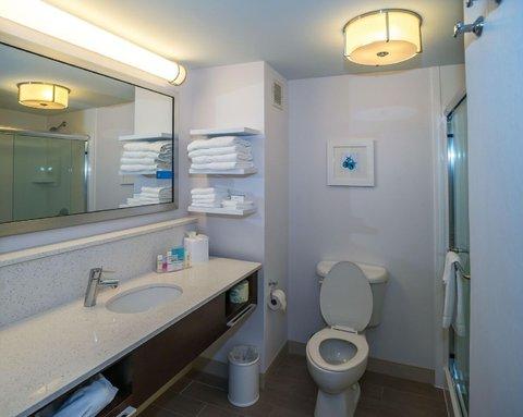Hampton Inn Naples - I-75 Hotel - King Guest Room