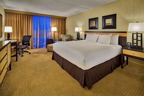 DoubleTree by Hilton Chicago - Arlington Heights - One King Bed Guest Room