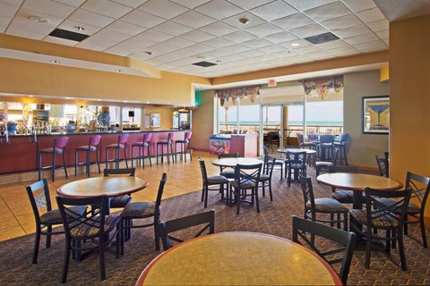 Holiday Inn Hotel And Suites Daytona Beach On The Ocean - Bar and Lounge