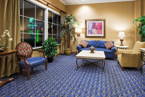 Holiday Inn Hotel And Suites Daytona Beach On The Ocean - Hotel Lobby is a place for Comfort - place to gather with friends