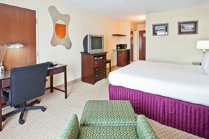 Room - Holiday Inn Express Hotel & Suites Hixson