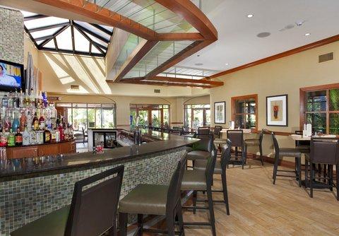 Embassy Suites Fort Lauderdale - 17th Street - E Spot Bar   Lounge