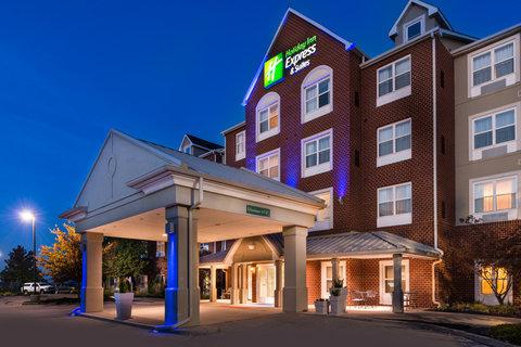 Country Inn & Suites By Carlson, O'fallon, Mo - Hotel Exterior