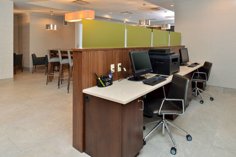 Country Inn & Suites By Carlson, O'fallon, Mo - Business Center