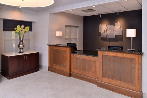 Country Inn & Suites By Carlson, O'fallon, Mo - Front Desk