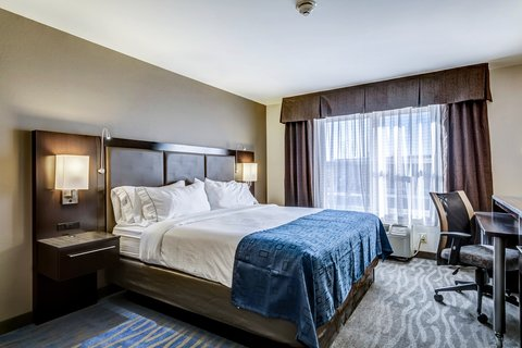 Country Inn & Suites By Carlson, O'fallon, Mo - Single Bed Guest Room