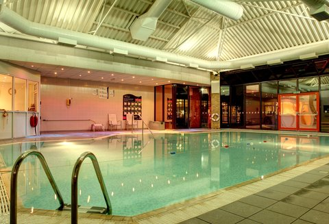 Holiday Inn Bristol Filton Hotel - Our Indoor Heated Swimming Pool at Night in the Spirit Health Club