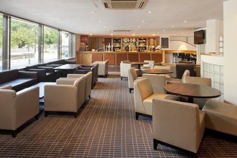 Holiday Inn CARDIFF CITY CENTRE - Bar and Lounge