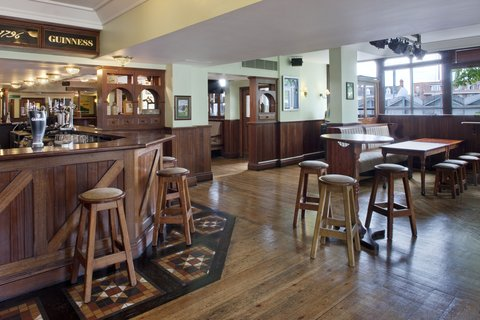Holiday Inn CARDIFF CITY CENTRE - Callaghan s Bar