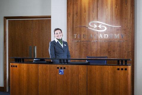 Holiday Inn CARDIFF CITY CENTRE - Reception Area