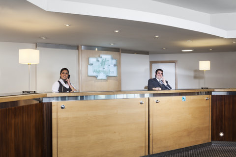Holiday Inn CARDIFF CITY CENTRE - Front Desk