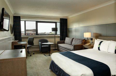 Holiday Inn CARDIFF CITY CENTRE - CDFCY - HOLIDAY INN CARDIFF CITY - FAMILY ROOM