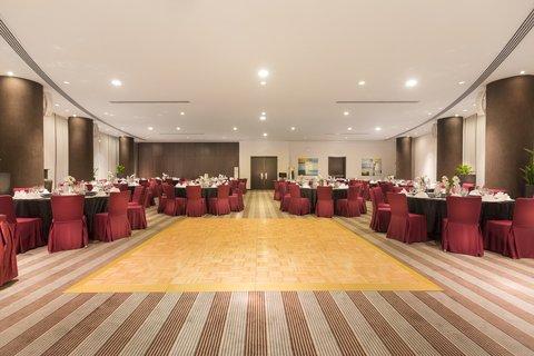 Holiday Inn ABU DHABI - Social events hosted at ease at the Al Dana ballroom