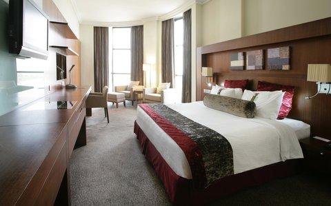 Holiday Inn ABU DHABI - Spacious  stylish and uncompromising on comfort