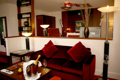 Crowne Plaza DUBLIN - NORTHWOOD - Pop some champagne in the Ducati motor-bike themed Junior Suite