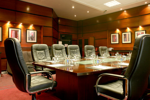 Crowne Plaza DUBLIN - NORTHWOOD - The convenient and lavish executive boardroom