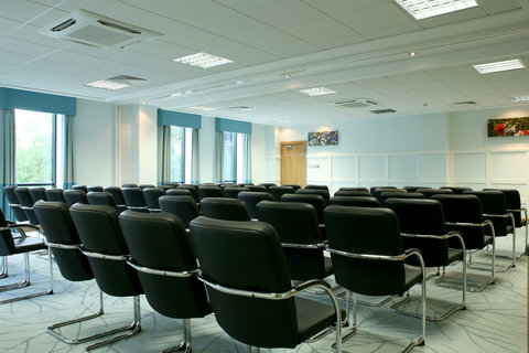 Crowne Plaza DUBLIN - NORTHWOOD - A large meeting room with natural lightening