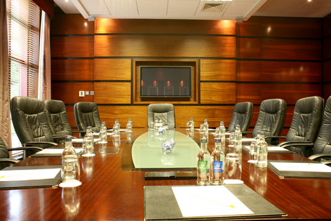 Crowne Plaza DUBLIN - NORTHWOOD - This attractive executive boardroom has natural lighting