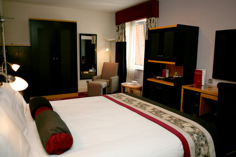 Crowne Plaza DUBLIN - NORTHWOOD - The very snug and spacious executive room