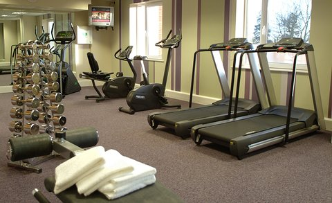Crowne Plaza DUBLIN - NORTHWOOD - Practical fitness facilities in the spacious gym at Crowne Plaza