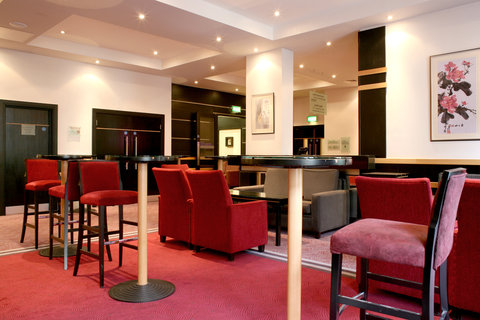 Crowne Plaza DUBLIN - NORTHWOOD - A lavish and convenient pre-function area in Crowne Plaza Dublin