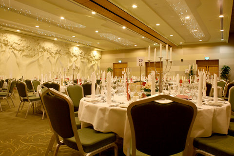 Crowne Plaza DUBLIN - NORTHWOOD - The beautiful Redwood ballroom ideal for Gala dinners