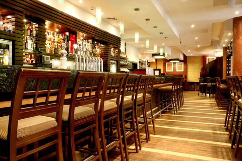 Crowne Plaza DUBLIN - NORTHWOOD - The lively and cheerful sports bar in Crowne Plaza Dublin Airport