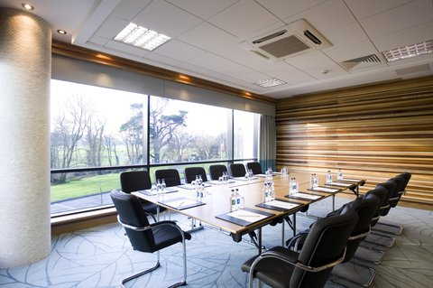 Crowne Plaza DUBLIN - NORTHWOOD - A tasteful break-out room to meet with clients or colleagues