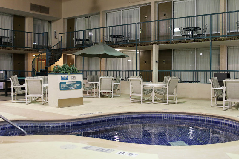 Holiday Inn - Alexandria, MN
