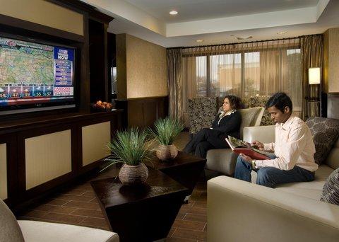 Hampton Inn Waco - Lobby Lounge Area