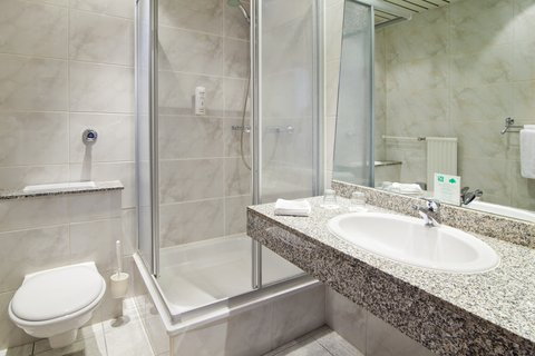 米特假日酒店 - Guest Bathroom