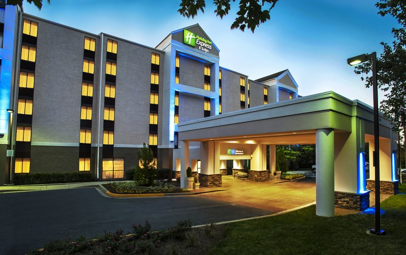 HOLIDAY INN EXP STES GERMANTOWN