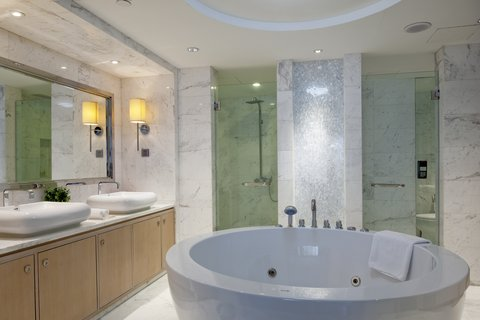 Crowne Plaza GUANGZHOU SCIENCE CITY - Guest Bathroom