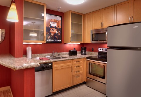 Residence Inn San Diego North/San Marcos - One-Bedroom Double Double Suite - Kitchen