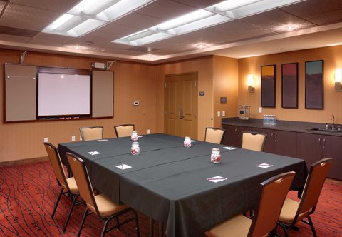 Residence Inn San Diego North/San Marcos - Meeting Room - Board Meeting and Hutch