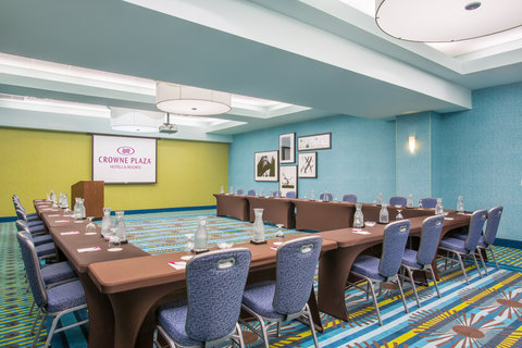 Crowne Plaza FT. LAUDERDALE AIRPORT/CRUISE - Conference Room