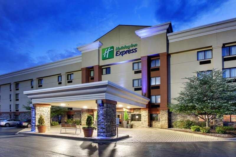 HOLIDAY INN EXP FT CAMPBELL