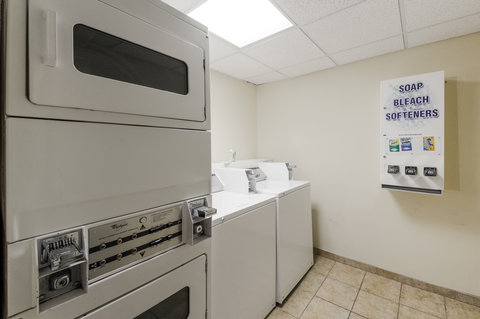 Comfort Suites North Padre Island - Laundry