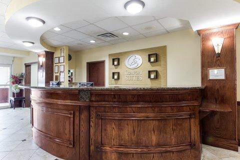 Comfort Suites North Padre Island - Front Desk