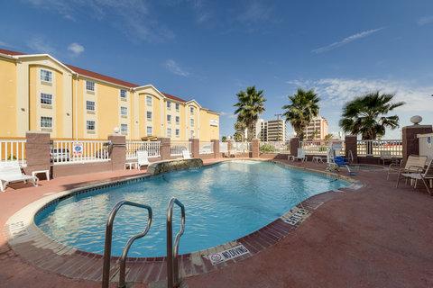 Comfort Suites North Padre Island - Pool