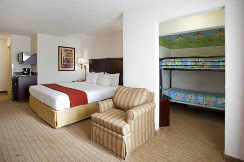Holiday Inn Express Hotel & Suites Evanston - Kids Suite